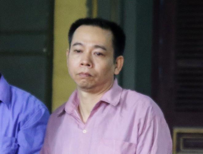 Người vợ đề nghị tòa tử hình chồng vì giết cha mẹ mình - Ảnh 2.