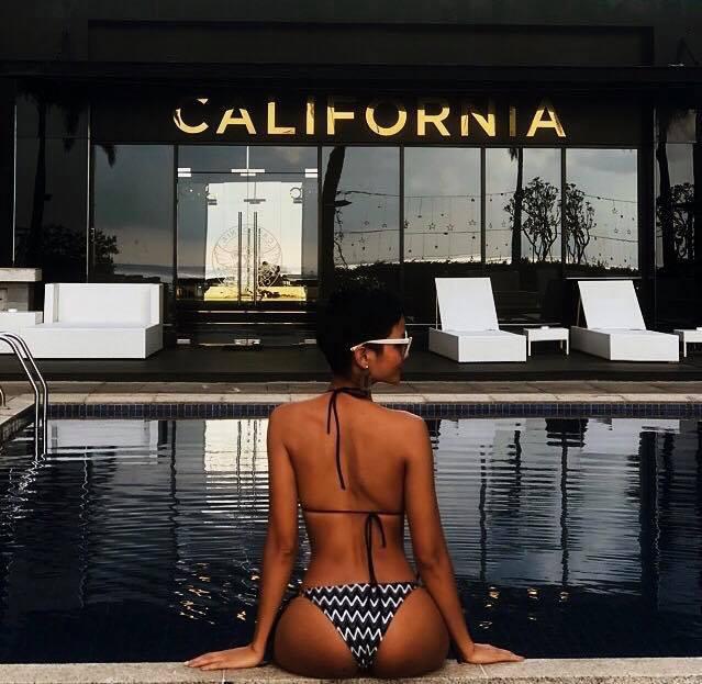 Nắng hè có nóng đến đâu cũng không hot bằng màn khoe dáng của Hoa hậu HHen Niê - Ảnh 5.