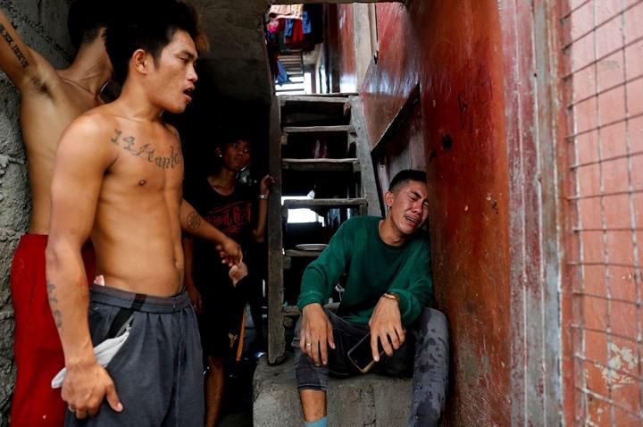 Ảnh: Cảnh tượng đau lòng trong những khu ổ chuột bị thiêu rụi ở Philippines - Ảnh 8.