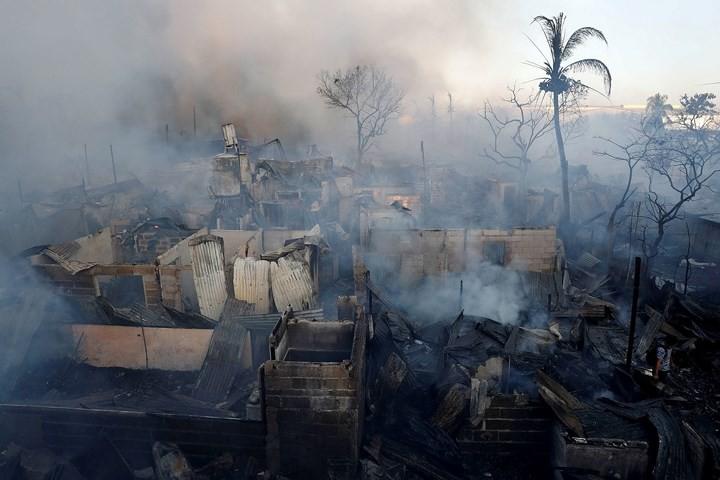 Ảnh: Cảnh tượng đau lòng trong những khu ổ chuột bị thiêu rụi ở Philippines - Ảnh 9.