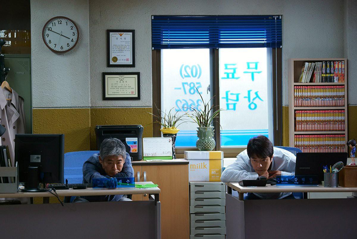"""""""Thám Tử Gà Mơ 2"""": Bộ đôi thám tử lầy lội đã trở lại và """"ăn hại"""" hơn xưa cùng Lee Kwang Soo - Ảnh 5."""