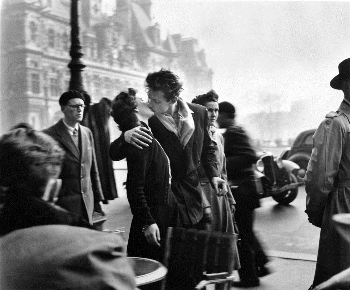 """Tất cả ta đều bị lừa: Nụ hôn kiểu Pháp KHÔNG bắt nguồn từ... nước Pháp! Và 5 món đồ """"Pháp"""" này cũng thế - Ảnh 3."""