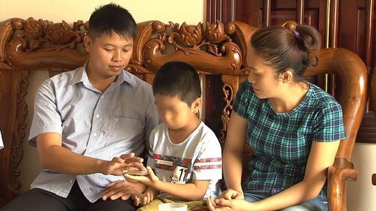 Vụ nhầm con 6 năm ở Hà Nội: Giấc mơ kỳ lạ và sự ngẫu nhiên bất ngờ - Ảnh 1.