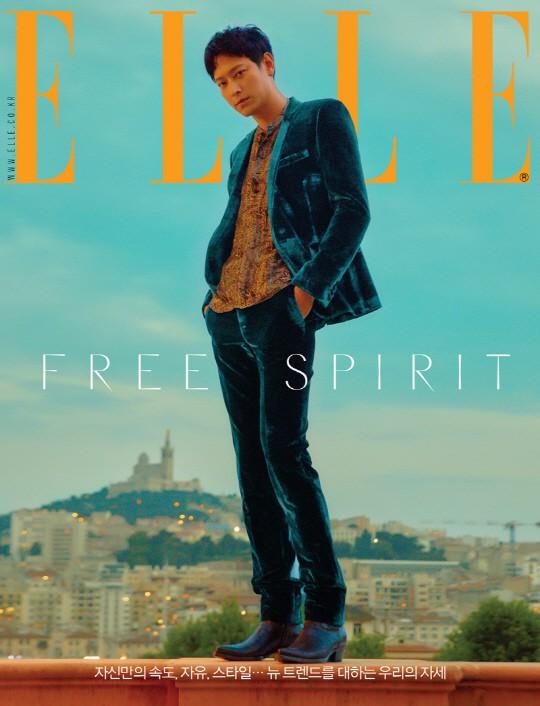 Lần đầu lộ diện sau tin đồn hẹn hò Han Hyo Joo, Kang Dong Won lại được báo Hàn phong thánh vì quá đẹp - Ảnh 1.
