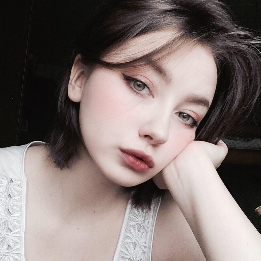 Đẹp trong trẻo và cực kì dịu dàng, cô gái Nga này chắc chắn là nàng thơ của mọi chàng trai - Ảnh 10.