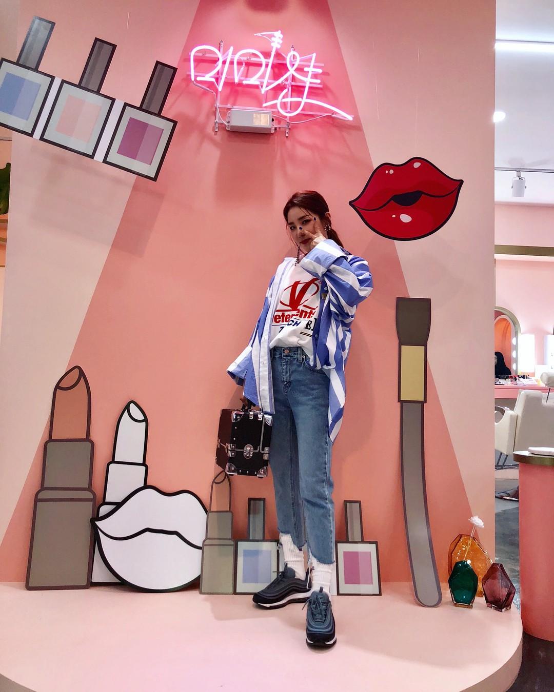 Chiều cao rất mực khiêm tốn nhưng 4 sao nữ Hàn này vẫn sở hữu phong cách thời trang đẹp hút hồn - Ảnh 18.