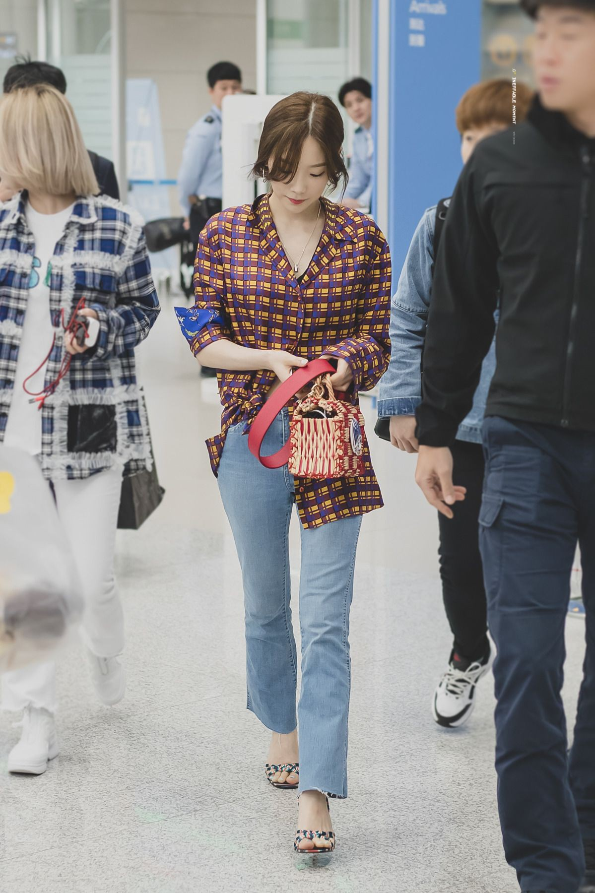 Chiều cao rất mực khiêm tốn nhưng 4 sao nữ Hàn này vẫn sở hữu phong cách thời trang đẹp hút hồn - Ảnh 23.