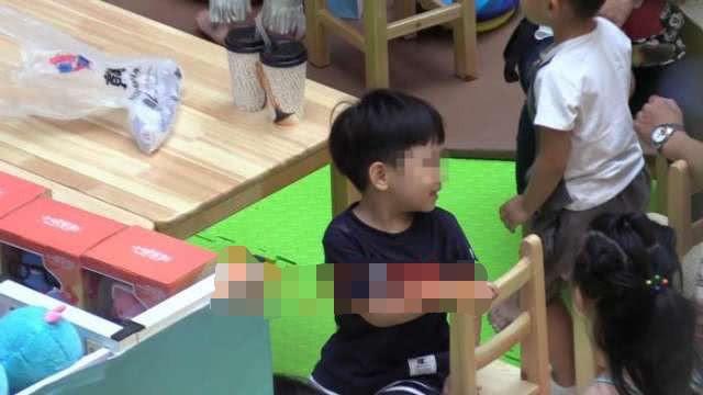 Hình ảnh con trai riêng 5 tuổi luôn được mỹ nhân Hoan Lạc Tụng giấu kín tiếp tục được tiết lộ - Ảnh 6.