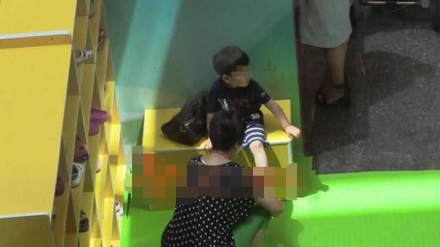 Hình ảnh con trai riêng 5 tuổi luôn được mỹ nhân Hoan Lạc Tụng giấu kín tiếp tục được tiết lộ - Ảnh 8.
