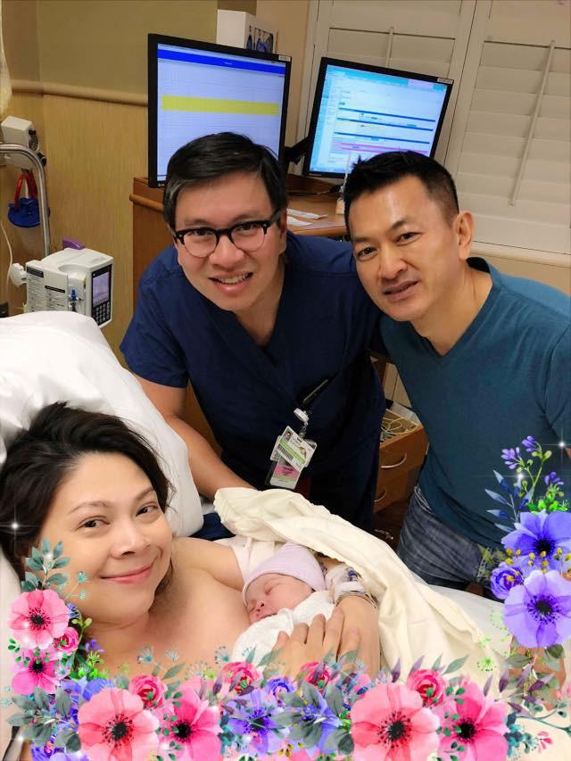 Thanh Thảo hé lộ hình ảnh đầu tiên của con gái đầu lòng nặng 3,2 kg, nghệ sĩ Vbiz liên tục gửi lời chúc mừng - Ảnh 1.