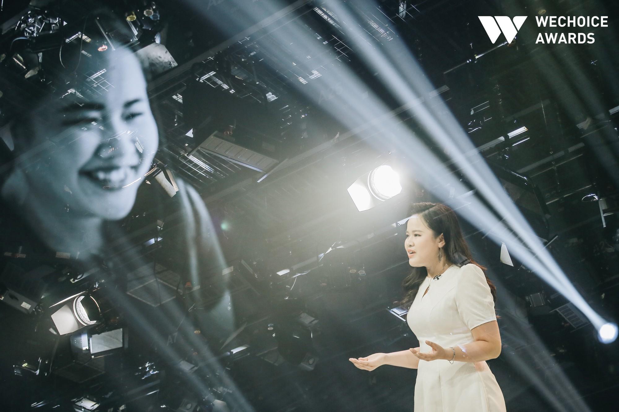 Nữ MC khiếm thị dẫn bản tin trực tiếp trên VTV3 và những chuyện chưa kể: Mình cứ thử rồi sai, rồi lại thử cho đến khi nào đúng - Ảnh 4.
