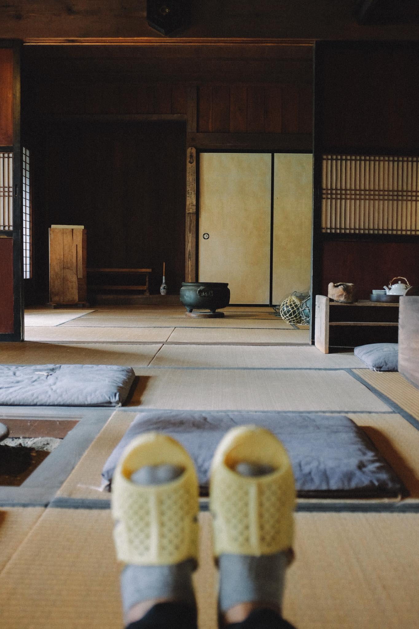 Thánh dép tổ ong tái xuất với bộ ảnh mới, lần này là rong ruổi miền Bắc nước Nhật xinh đẹp - Ảnh 9.