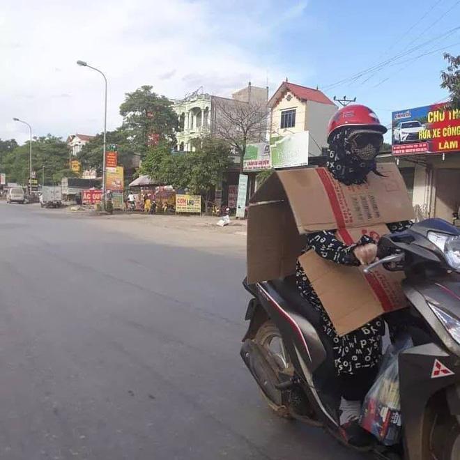 Bản tin ninja hè 2018: Kín bưng đầu đến chân, khoác thêm giáp trụ bìa carton để chống nóng - Ảnh 2.