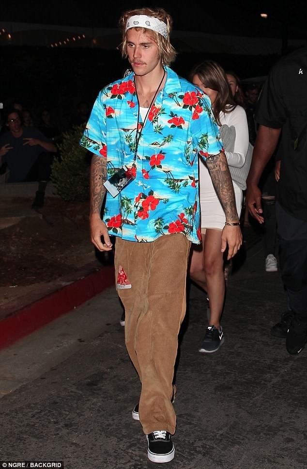 Justin Bieber khoe siêu xe mới 11 tỷ nhưng ngoại hình xuống sắc trầm trọng của anh còn gây chú ý hơn - Ảnh 4.
