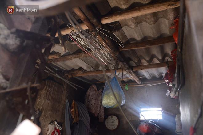 Xóm trọ nghèo không quạt, không điều hòa ở Hà Nội: Ban ngày đi khỏi nhà, ban đêm phải đổ nước lên giường mới ngủ được - Ảnh 5.