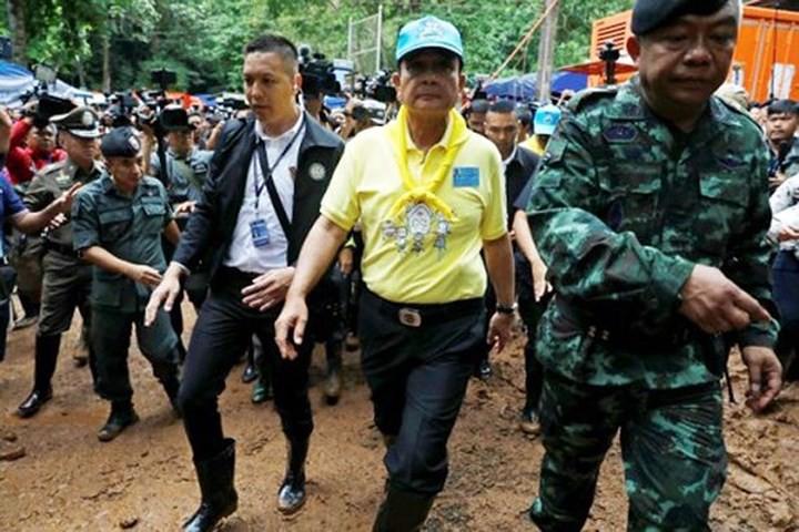 Ảnh: Toàn cảnh nỗ lực giải cứu đội bóng Thái Lan đầy cam go - Ảnh 1.