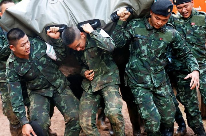 Ảnh: Toàn cảnh nỗ lực giải cứu đội bóng Thái Lan đầy cam go - Ảnh 14.