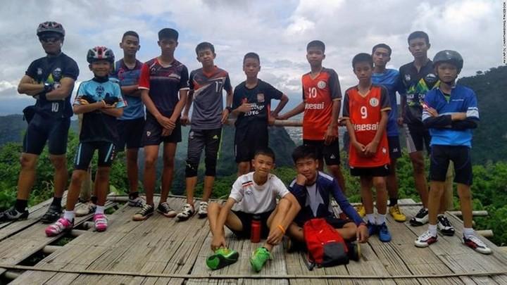 Ảnh: Toàn cảnh nỗ lực giải cứu đội bóng Thái Lan đầy cam go - Ảnh 15.