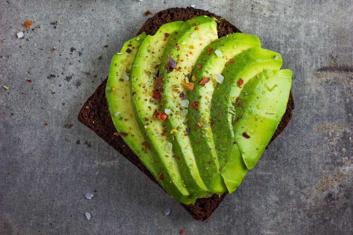 Muốn giảm cân nhanh và an toàn cho sức khỏe, hãy thường xuyên bổ sung những thực phẩm này - Ảnh 5.