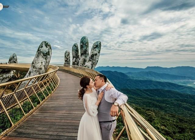 Cầu Vàng Đà Nẵng xuất hiện trên Instagram nghệ thuật nổi tiếng thế giới cùng vô vàn lời khen - Ảnh 10.