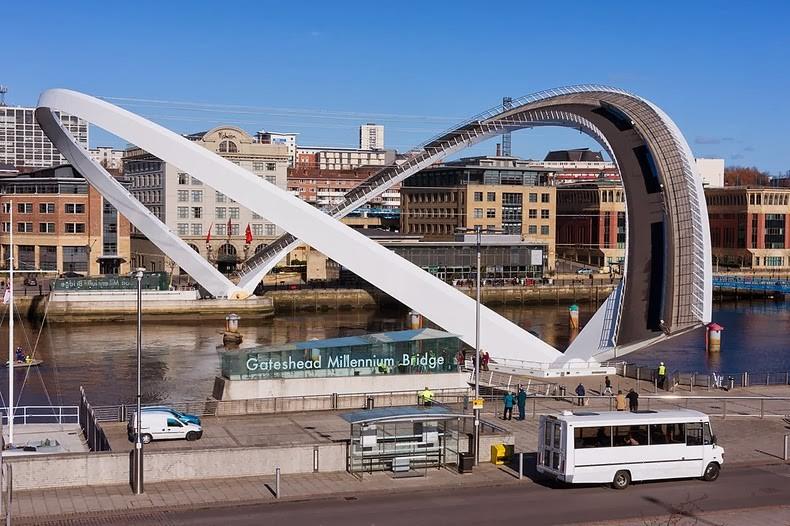 Bên cạnh cầu Vàng Đà Nẵng, còn có 5 cây cầu khác khiến cả thế giới thích thú vì thiết kế độc đáo, ấn tượng - Ảnh 17.