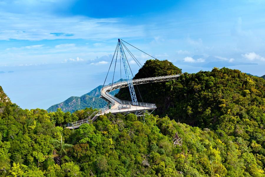 Bên cạnh cầu Vàng Đà Nẵng, còn có 5 cây cầu khác khiến cả thế giới thích thú vì thiết kế độc đáo, ấn tượng - Ảnh 16.