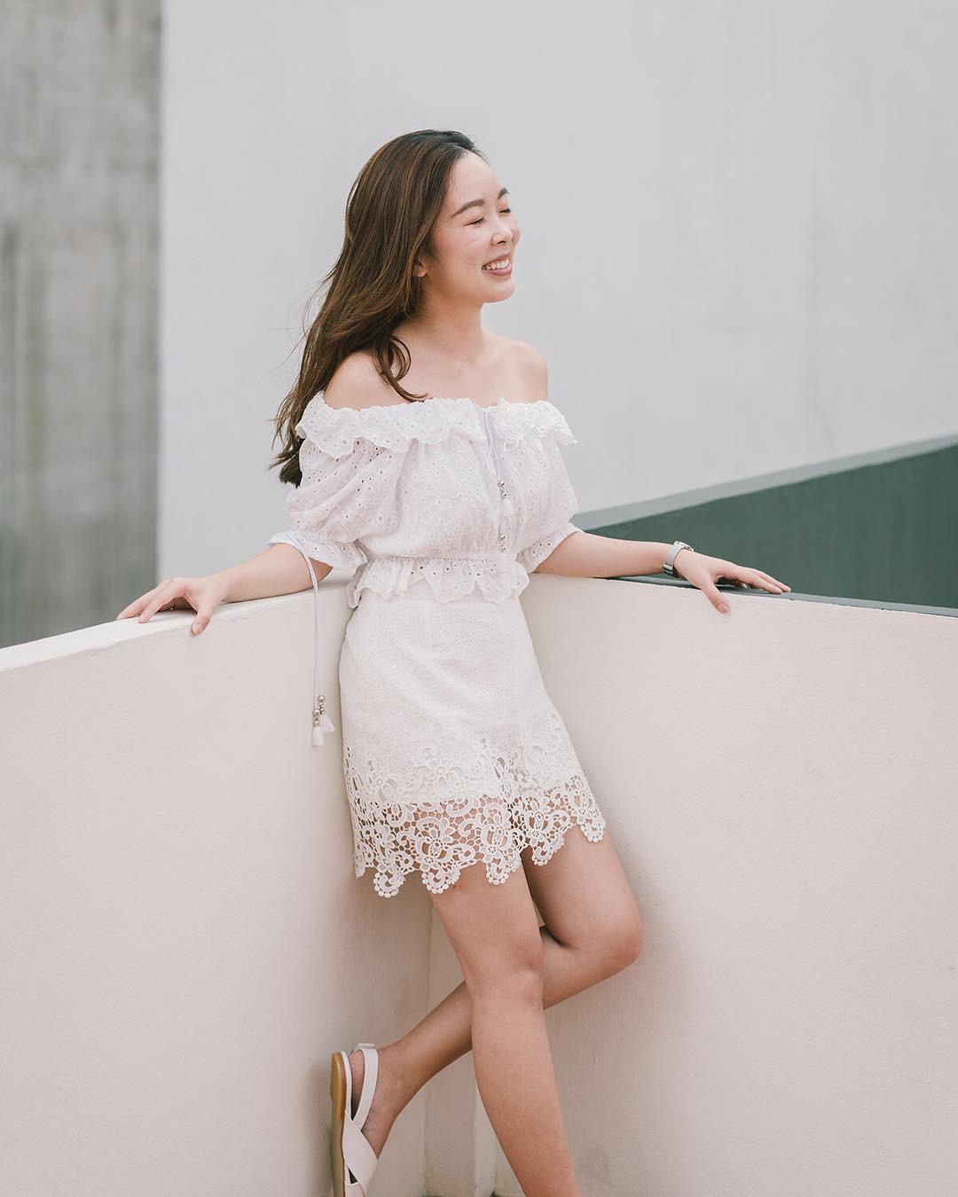 Gợi ý 5 mẫu váy thanh lịch, trang nhã cho các nàng đi dự đám cưới mà không sợ nổi hơn cô dâu - Ảnh 3.