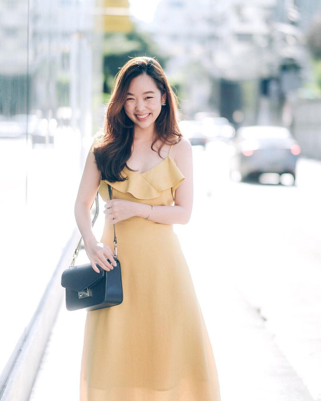 Gợi ý 5 mẫu váy thanh lịch, trang nhã cho các nàng đi dự đám cưới mà không sợ nổi hơn cô dâu - Ảnh 9.