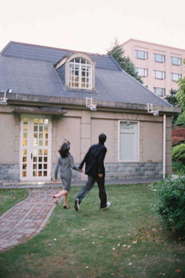Lại thêm một bộ ảnh film cực lãng mạn làm ai cũng muốn có người yêu để cùng dạo quanh khắp chốn - Ảnh 17.