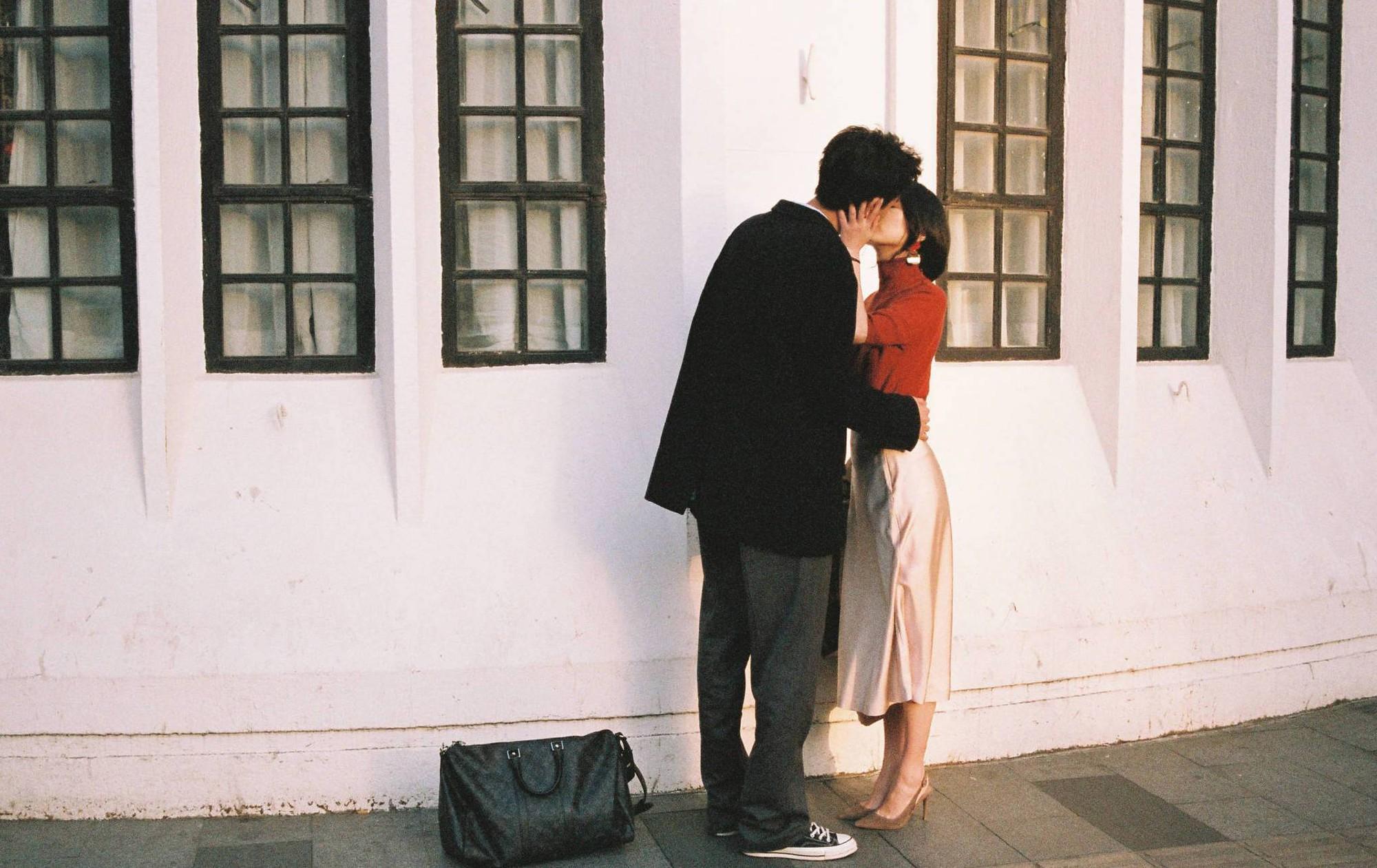 Lại thêm một bộ ảnh film cực lãng mạn làm ai cũng muốn có người yêu để cùng dạo quanh khắp chốn - Ảnh 14.