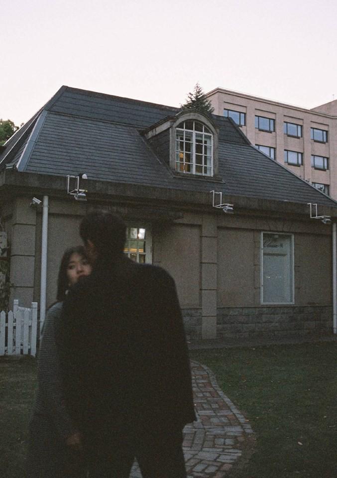 Lại thêm một bộ ảnh film cực lãng mạn làm ai cũng muốn có người yêu để cùng dạo quanh khắp chốn - Ảnh 16.