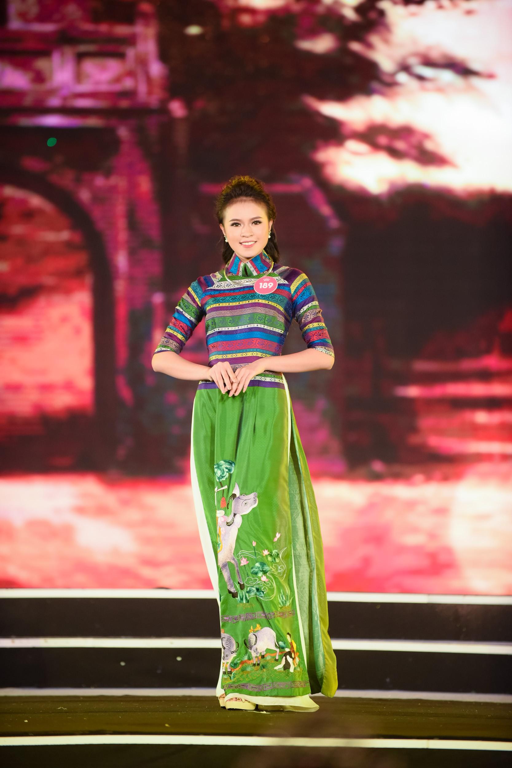 Cập nhật: 38 người đẹp phía Bắc của Hoa hậu Việt Nam tự tin trình diễn bikini, khoe hình thể nóng bỏng - Ảnh 4.