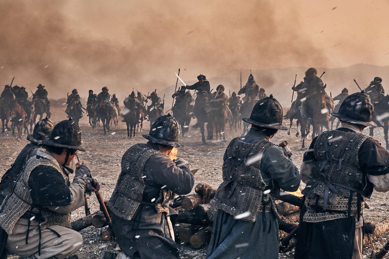 """Nỗi ô nhục nghìn thu của triều đại Joseon qua lăng kính điện ảnh trong """"Nam Hán Sơn Thành"""" - Ảnh 5."""
