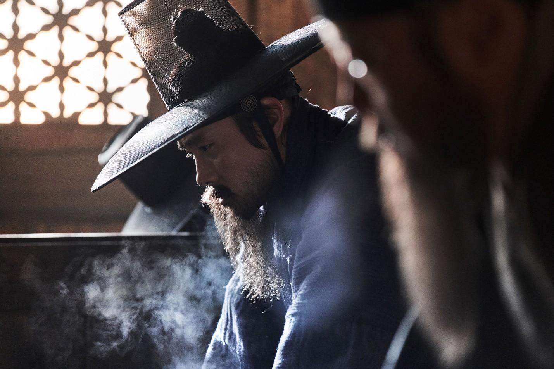 """Nỗi ô nhục nghìn thu của triều đại Joseon qua lăng kính điện ảnh trong """"Nam Hán Sơn Thành"""" - Ảnh 7."""