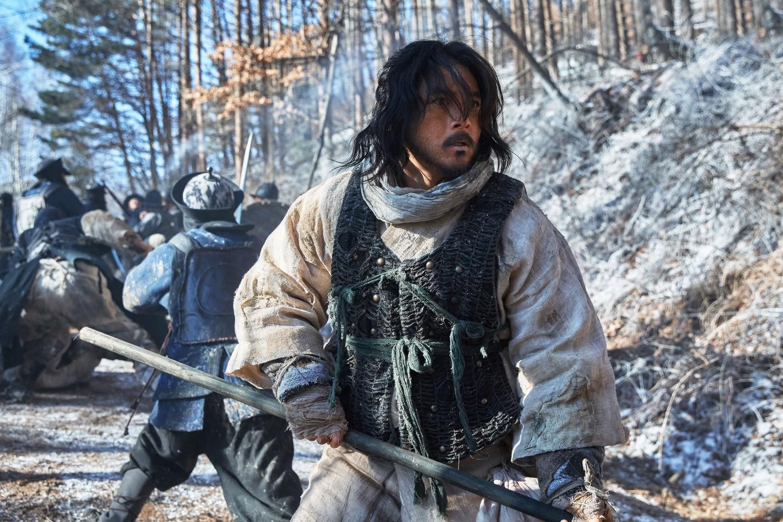 """Nỗi ô nhục nghìn thu của triều đại Joseon qua lăng kính điện ảnh trong """"Nam Hán Sơn Thành"""" - Ảnh 10."""