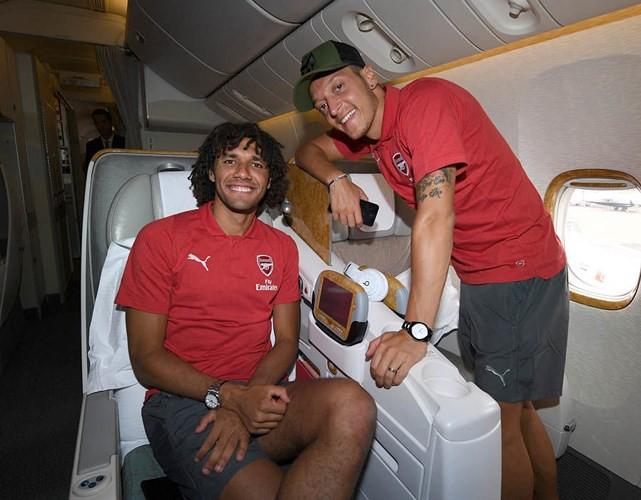Ozil chia tay tuyển Đức: Người hâm mộ thế giới phẫn nộ - Ảnh 8.