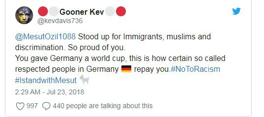 Ozil chia tay tuyển Đức: Người hâm mộ thế giới phẫn nộ - Ảnh 2.