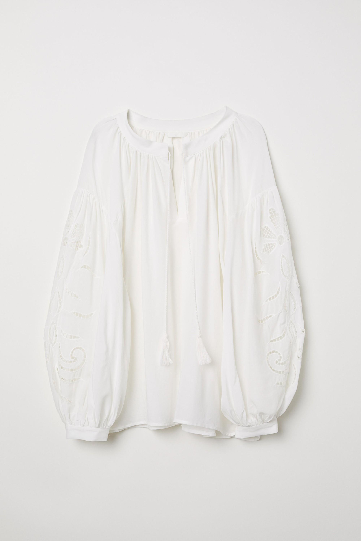 10 kiểu áo blouse hot nhất hiện nay, ngắm rồi chỉ muốn sắm cho bằng hết để mặc - Ảnh 6.