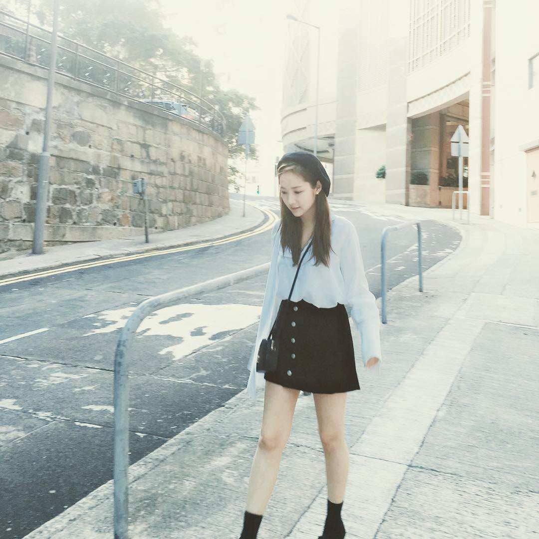 Park Min Young là thư ký sành điệu nhưng style ngoài đời giản dị vô cùng - Ảnh 8.