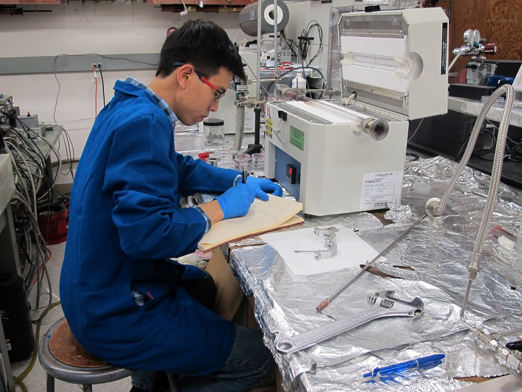 Du học sinh Việt tại Mỹ, cựu thí sinh Olympia trở thành thực tập sinh dài hạn tại NASA! - Ảnh 1.