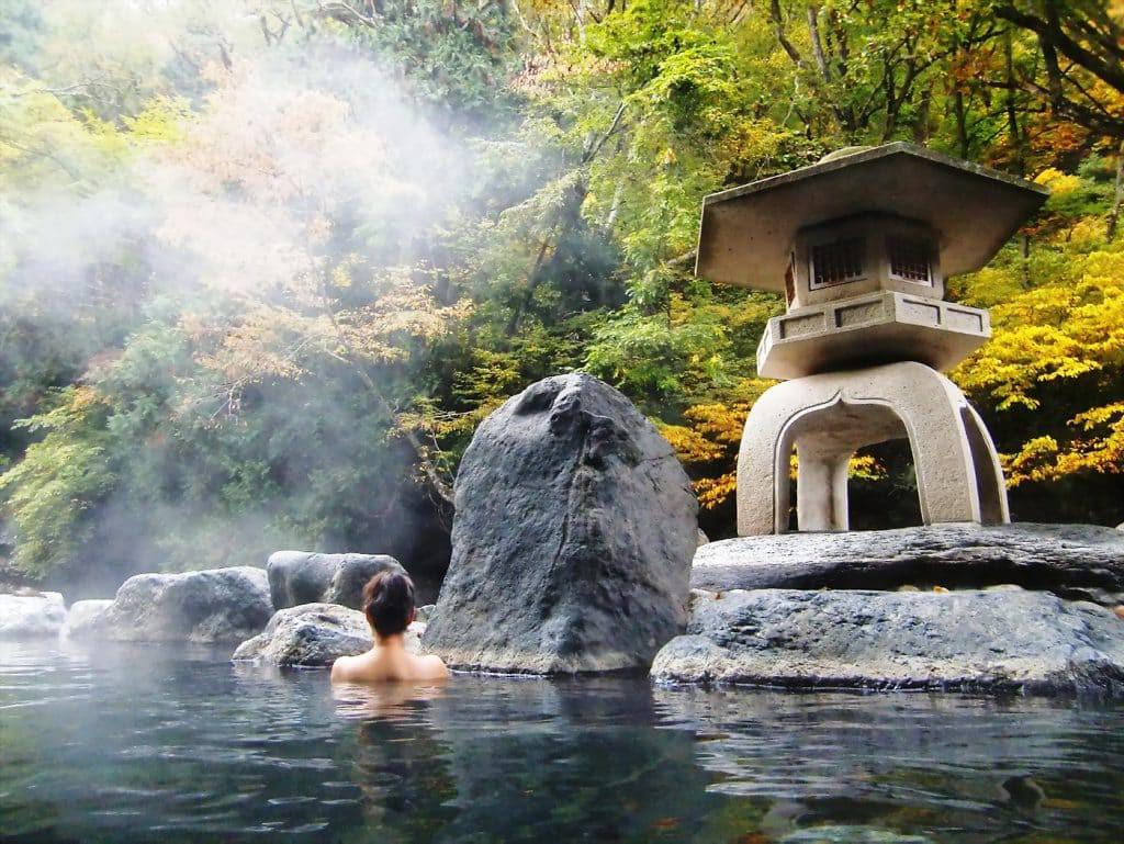 Phụ nữ Nhật có làn da trẻ trung bất chấp tuổi tác là nhờ duy trì 6 thói quen này mỗi ngày - Ảnh 2.