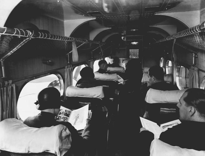 Hình ảnh cho thấy những đổi thay trong các chuyến bay xưa và nay - Ảnh 15.