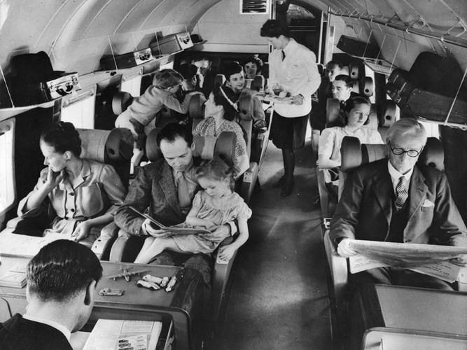 Hình ảnh cho thấy những đổi thay trong các chuyến bay xưa và nay - Ảnh 16.
