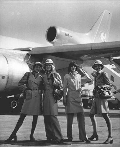 Hình ảnh cho thấy những đổi thay trong các chuyến bay xưa và nay - Ảnh 33.