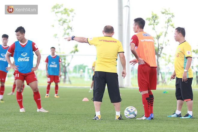 Báo Hàn Quốc đặt dấu hỏi về kỳ tích lần thứ hai của HLV Park Hang Seo với U23 Việt Nam - Ảnh 2.