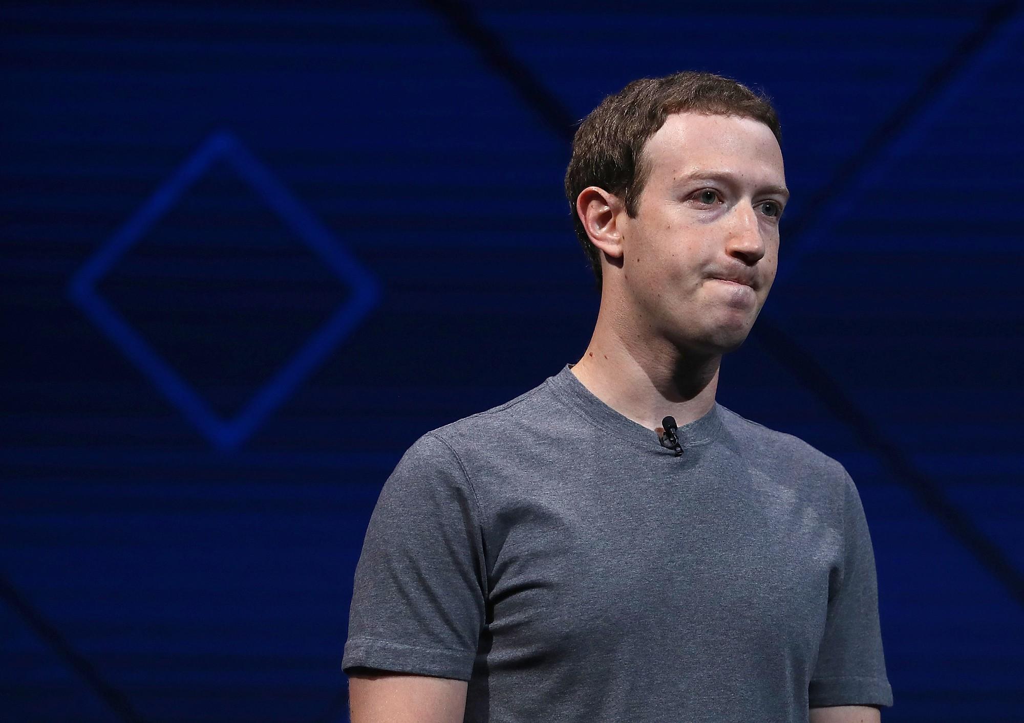 Mark Zuckerberg sắp bị đá khỏi ghế Chủ tịch vì Facebook thua lỗ - Ảnh 1.