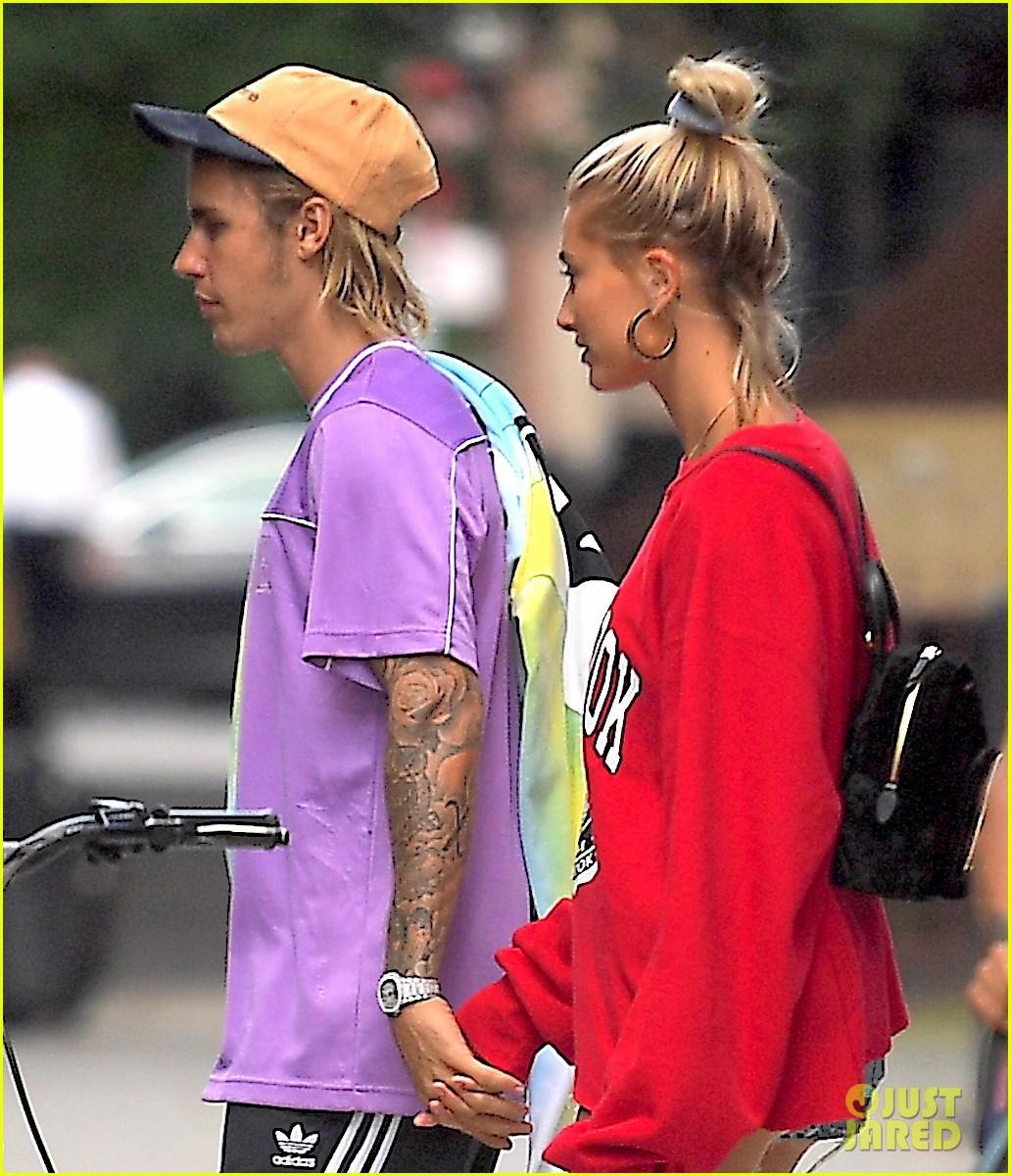 Đính hôn với Hailey, nhan sắc Justin Bieber thay đổi hẳn: Da láng, sạch râu và lúc nào cũng tươi tắn hạnh phúc - Ảnh 9.
