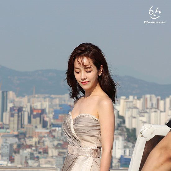 Nhìn Han Ji Min trước và sau khi lên đồ, mới thấy các chị em cứ biến hình là không thể đùa được! - Ảnh 14.