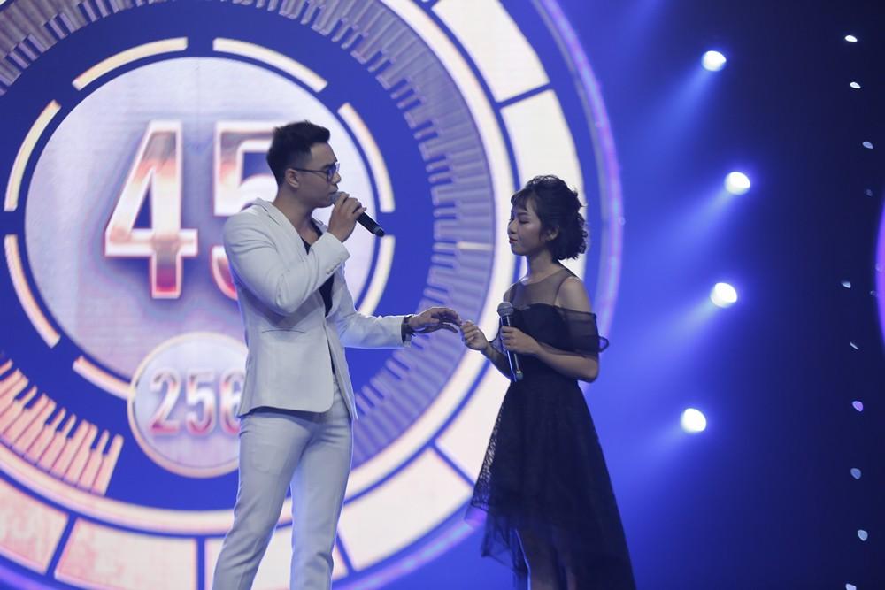 Nhạc hội song ca: Búp bê Hàn Han Sara hát tiếng Việt cực siêu vẫn chưa may mắn ngồi ghế vàng - Ảnh 8.