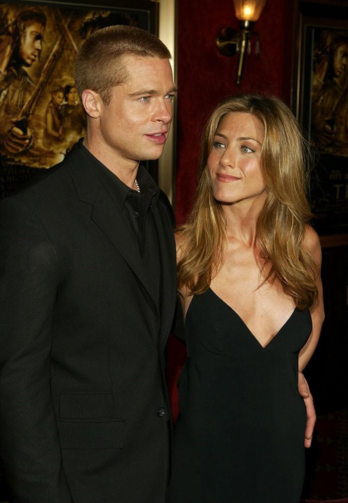 Phải mất đến hàng chục năm, người ta mới nhận ra điểm chung kỳ lạ này trong cả tá mối tình của Brad Pitt - Ảnh 8.